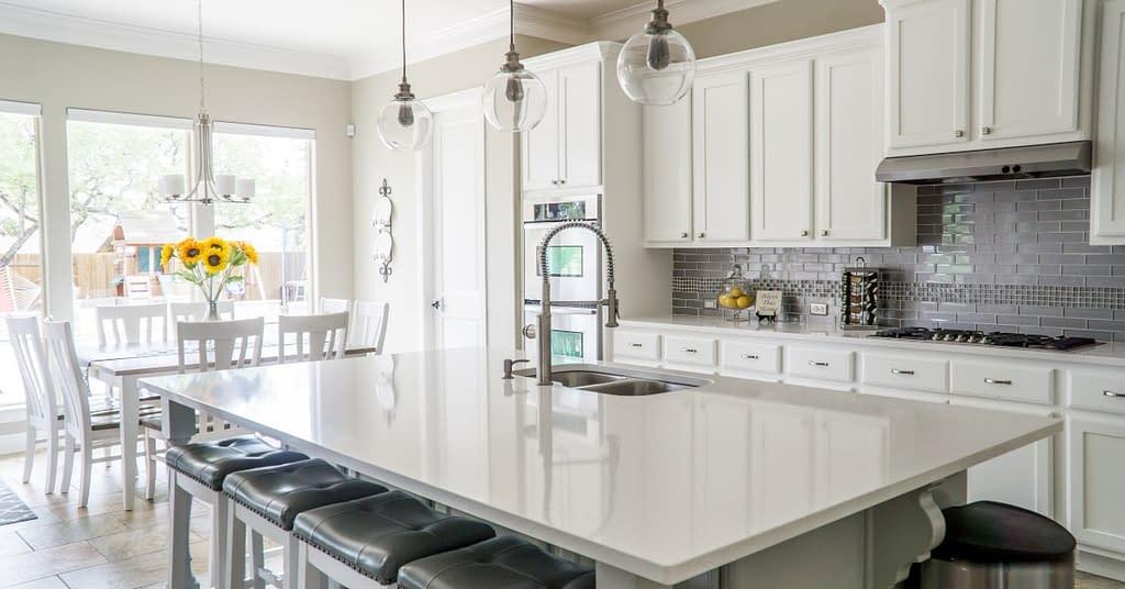 A clean, shiny kitchen.